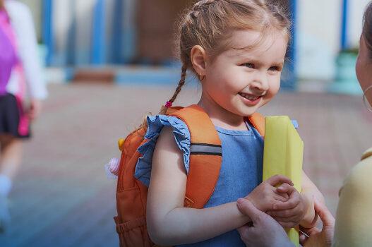 """Rientro a scuola: """"Niente allarmismi, se supportati i bambini si adattano con facilità"""""""